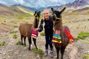 hiking montaña colores
